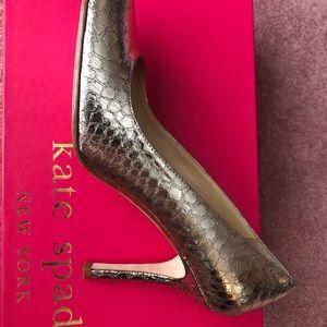 kate spade Shoes - Kate Spade Karolina Gold Pump
